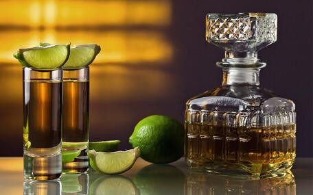 Tequila- och Mezcalprovning med The Cat Bar Presentkort